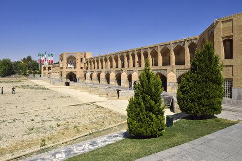 Iran, Isfahan, Khaju Bridge - ES000626