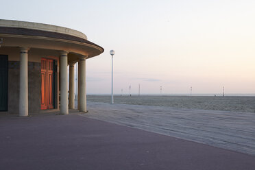 France, Normandy, Deauville, Boardwalk and beach - TL000725