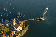 Germany, Bavaria, Lake Constance, wasserburg, Peninsula with hythe and harbour - SH000883