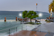 Germany, Baden-Wurttenberg, Lake Constance, Sipplingen, Flooded hythe in storm - SH000879