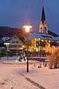 Germany, Baden-Wurttenberg, Lake Constance, Sipplingen in winter - SH000875
