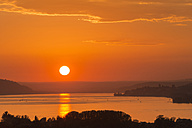 Germany, Baden-Wurttenberg, Lake Constance, Sunset at Uberling Lake - SH000855
