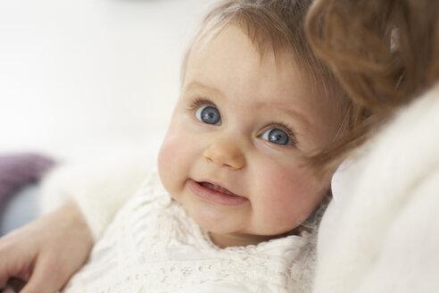 Portrait of baby girl - FSF000028
