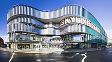 Germany, Hesse, Frankfurt, European Quarter, Skyline Plaza shopping center - AMF001041
