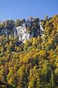 Germany, Baden-Wuerttemberg, Swabian Alb, Bruehltal in autumn - STSF000201