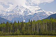 Canada, British Columbia, Rocky Mountains, Mount Robson, Mount Robson Provincial Park - UMF000657