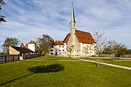 Germany, Bavaria, Burghausen, Outer Castle Chapel - AM001137
