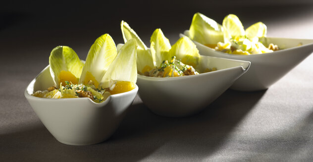 Chicory salad in bowls - SRSF000369