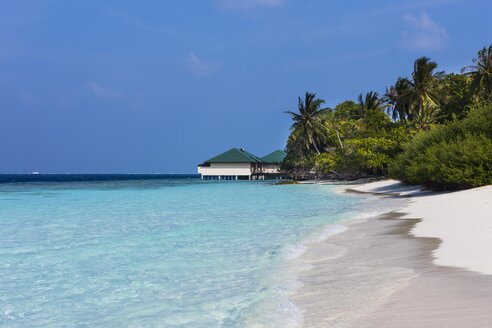 Maledives, South-Male-Atoll, Embudu, water bungalow - AMF001185