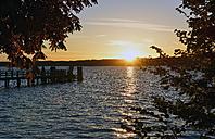Germany, Bavaria, Upper Bavaria, lake Starnberg, sundown at Ambach - LH000310