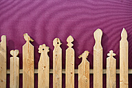 Wooden fence with carvings - AX000526