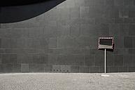 Germany, North Rhine-Westphalia, Duesseldorf, part of facade of K20, Kunstsammlung Nordrhein-Westfalen - VI000029