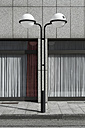 Germany, North Rhine-Westphalia, Duesseldorf-Golzheim, part of facade with street lamp in front - VI000140