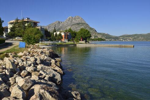 Turkey, Isparta Province, Pisidia, shore of Yesilada peninsula, Egirdir Lake, Taurus Mountains - ES000777