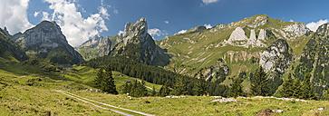 Switzerland, Appenzell, Alpstein, View on Widderalpstoeck and Dreifaltigkeit - SHF001010