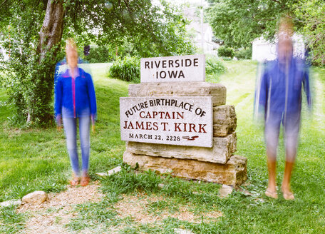USA, Iowa, Riverside, Memorial stone of the future birthplace of Captain Kirk - MBE000863