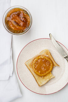 Orange marmalade with orange slices and toast - LVF000347