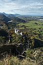 Germany, Bavaria, Hohenschangau, Neuschwanstein Castle in autumn - EL000661