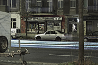 Germany, Berlin, Prenzlauer Berg, street scene by night - CM000022