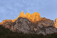 Spain, Cantabria, Picos de Europa National Park, Mountain massif Pena Remona in evening light - LAF000338