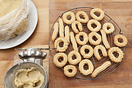 Preparing spritz cookies - ECF000383