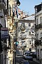 Portugal, Lisbon, Mouraria, street view - BI000122