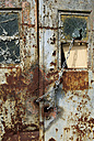 Germany, Brandenburg, Wustermark, Olympic village 1936, detail of rusted garage door - VI000057