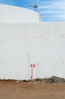 Spain, Fuerteventura, construction site of new apartement complex - VI000158
