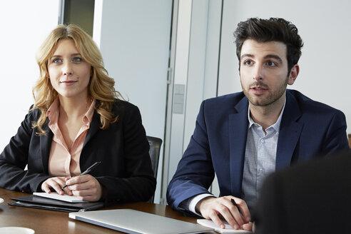 Germany, Neuss, Business people in meeting - STKF000872