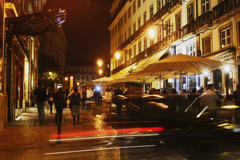 Portugal, Lisbon, Chiado, Rua Garrett by night - BI000152