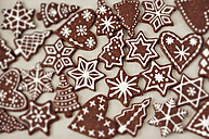 Gingerbread decorated with sugar icing - CZF000130