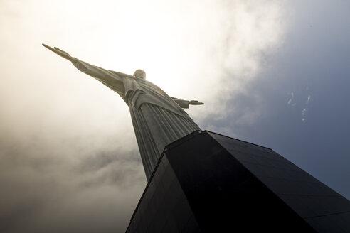 Brazil, Rio de Janeiro, Corcovado, Jesus Christ the Redeemer statue - AMCF000021