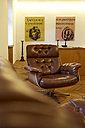 Apartment equipped with vintage furnitures - TKF000240