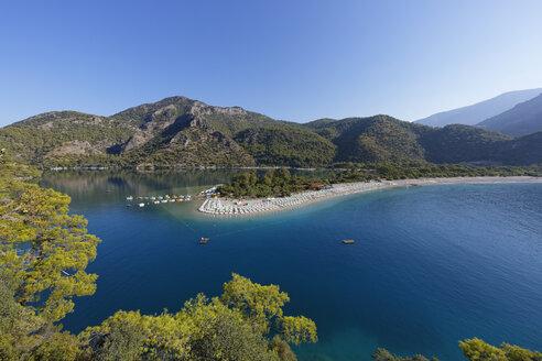 Turkey, Lycia, Beach and lagoon of Oeluedeniz - SIEF004882