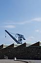 Sweden, Karlskrona, harbour crane at naval harbour - VI000219