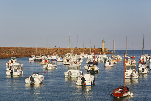 France, Bretagne, Marina of Bicnic - BI000209