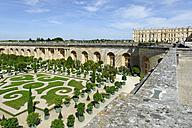 France, Region Île-de-France, Departement Yvelines, Palace of Versailles, Orangerie and garden - LB000462
