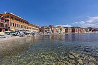 Italy, Cinque Terre, Sestri Levante, Baia del Silenzio - AMF001557