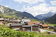Switzerland, Grisons, Rueras at Surselva Valley - WWF002975