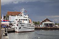 Germany,  Schleswig-Holstein, Heiligenhafen, ship at harbour - WI000248