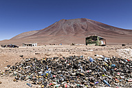 Border Bolivia Chile, Atacama Desert, Pile of trash at Hito Cajon - STSF000253