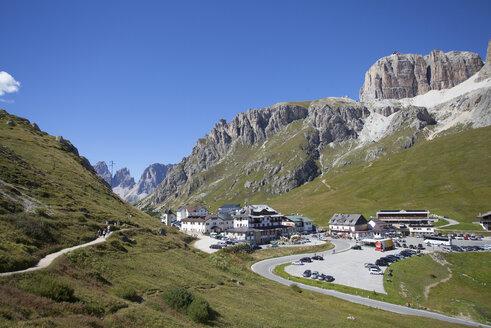 Italy, Trentino, Belluno, Pordoi Pass - WWF003093