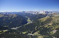 Italy, Trentino, Belluno, View from Sass Pordoi - WWF003055