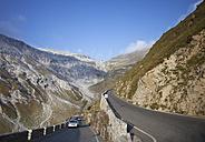 Italy, South Tyrol, Vinschgau, Stelvio Pass mountain road - WW003013