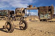 South America, Bolivia, Uyuni, train cemetery - STS000281