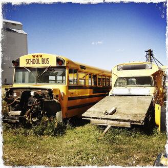 Old school bus, Canada, Saskatchewan - SE000111
