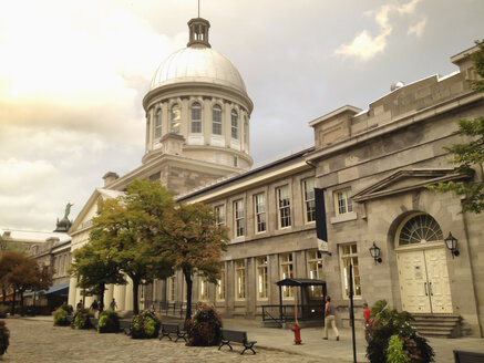 Bonsecours Market in the old town district of Montreal, Canada, Quebec, Montreal - SEF000205