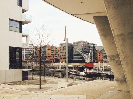 View from Kaiserkai on Sandtorhafen in HafenCity, Hamburg, Germany, Hamburg - SE000293