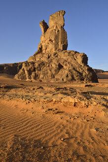 Algeria, Sahara, Tassili N'Ajjer National Park, rock towers at Moul Naga - ES000911