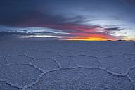 South America, Bolivia, Atacama, Altiplano, Salar de Uyuni at sunset - STS000300